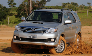 Toyota SW4 &#8211; Fotos e Informaes